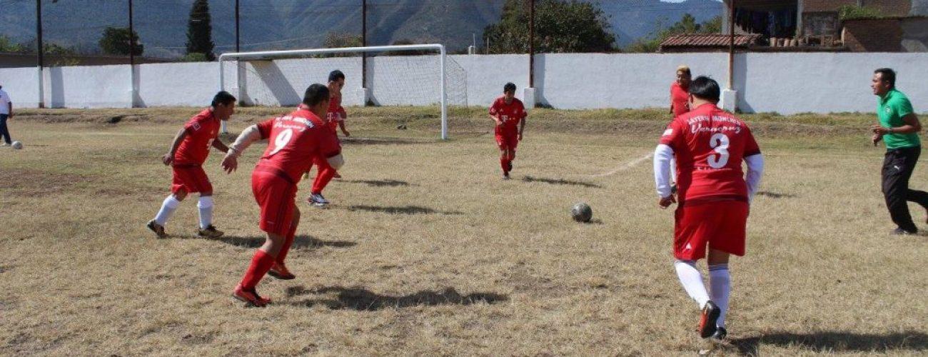 partido de futbol de niños down en Maltrata, Ver.
